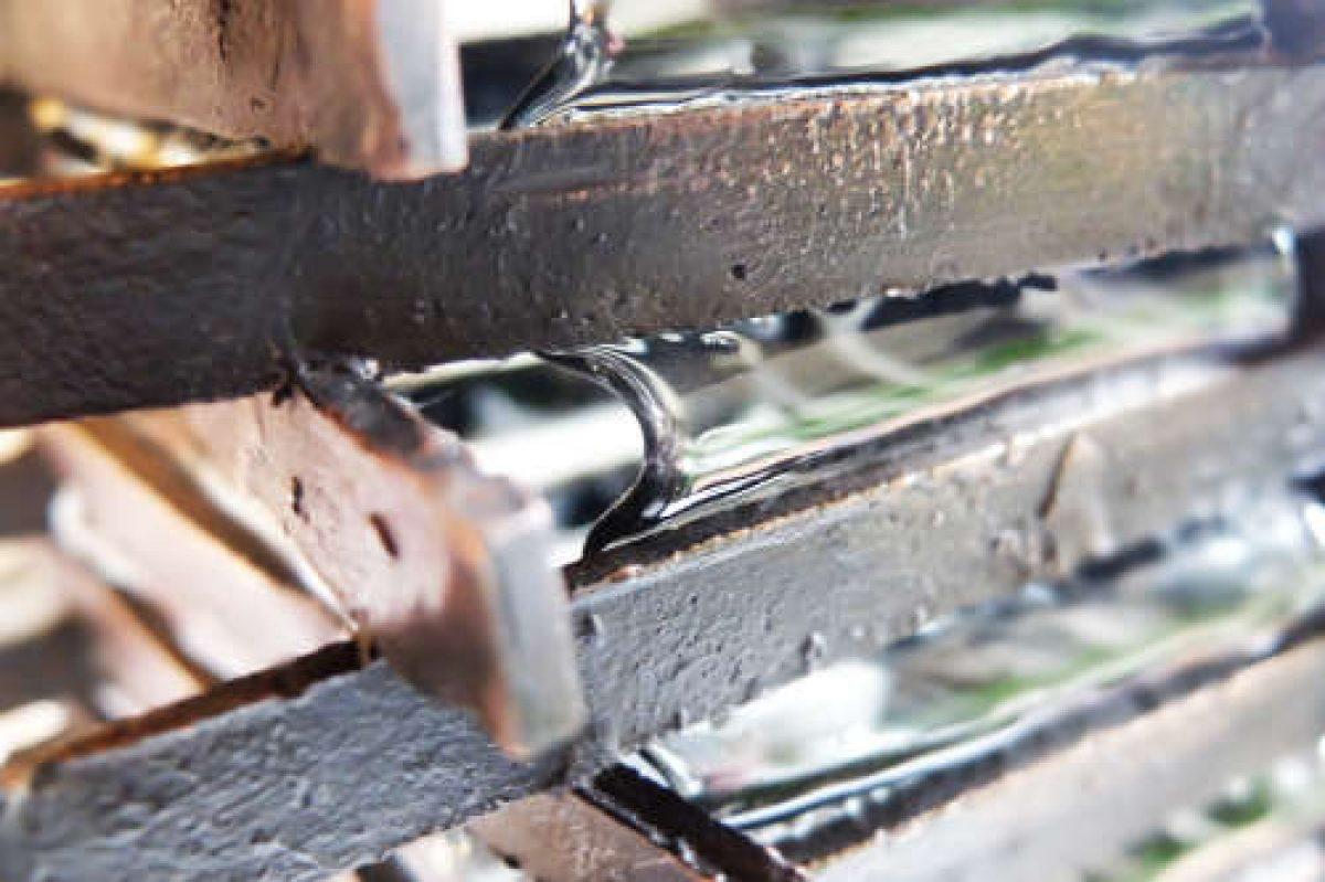 Lampe Techno détail Bronze et verre C.Losange metamagma.be